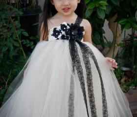 Flower girl dress. Mesh with Black Lace Tutu Dress. baby tutu dress, toddler tutu dress, wedding, birthday, Newborn, 2t,3t,4t,5t